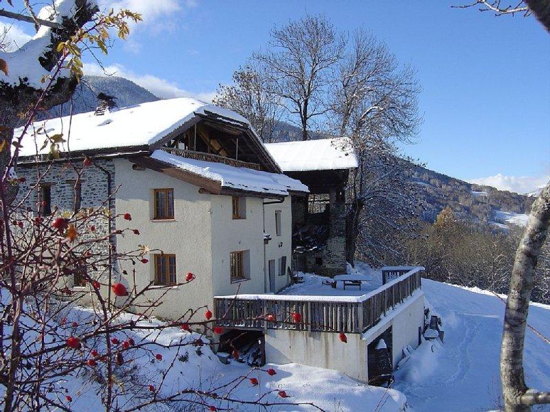 Magnifique ferme renovée.  Sauna et Jacuzzi., holiday rental in La Cote-d'Aime