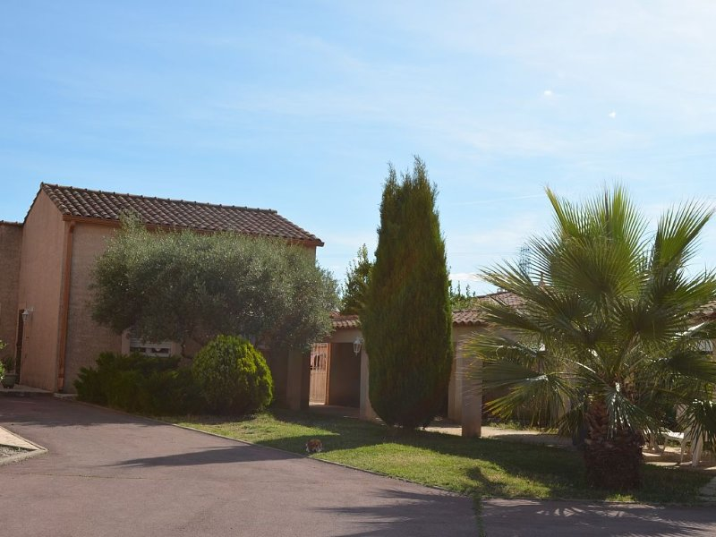 Bright and calm villa – 15 km away from Montpellier and the beaches, aluguéis de temporada em Montpellier