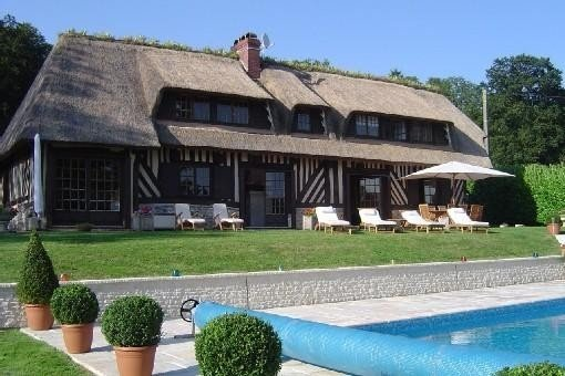 Superbe Villa avec piscine, proche Deauville Ancien pressoir normand, location de vacances à Saint-Gatien-des-Bois
