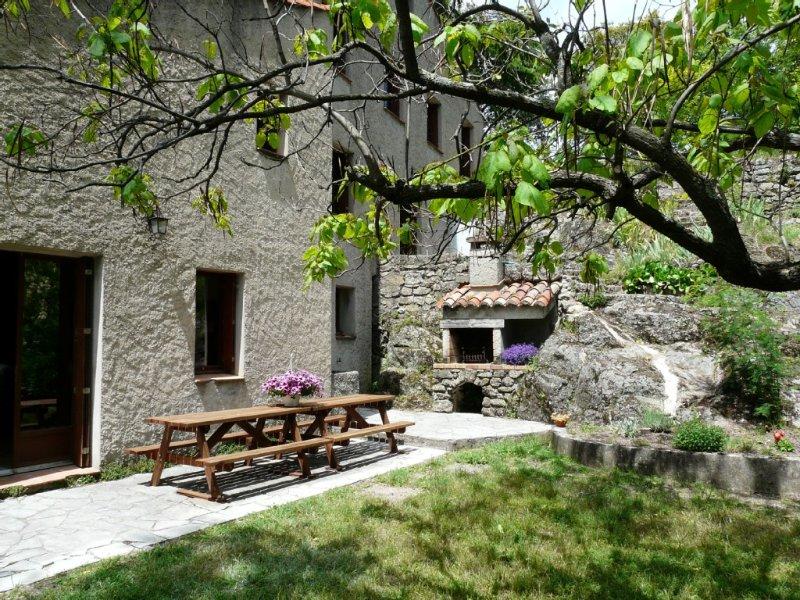 Sud Cévennes, grand gîte pour 15 personnes, Ferienwohnung in Blandas
