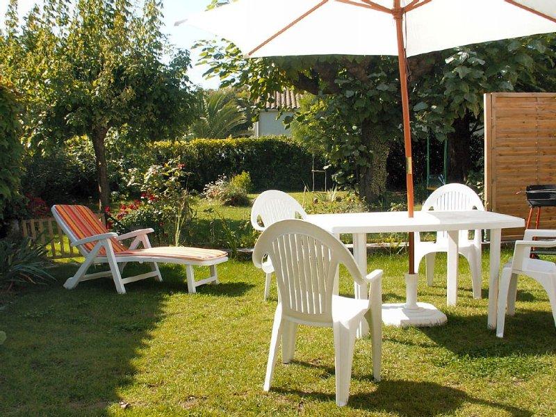 maison tranquille prés de la foret, pistes cyclabe, plage, holiday rental in Ile d'Oleron