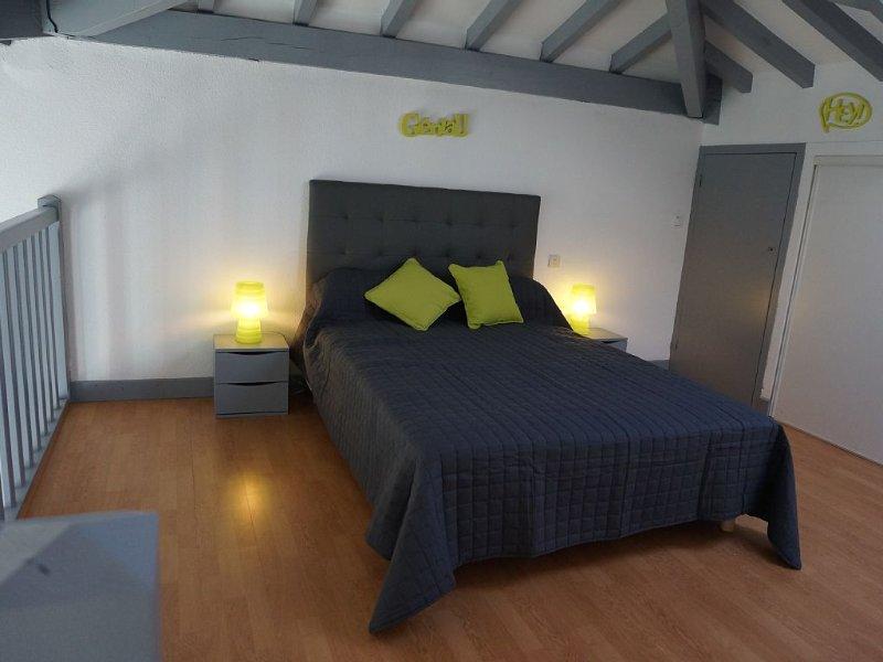 Appartement 3*    à deux pas  de la plage et du centre village, holiday rental in Bidart
