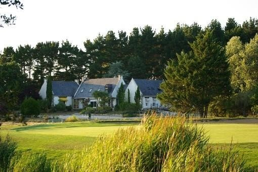 Très Belle Dépendance dans propriété , bord de mer et golf, vacation rental in Morbihan