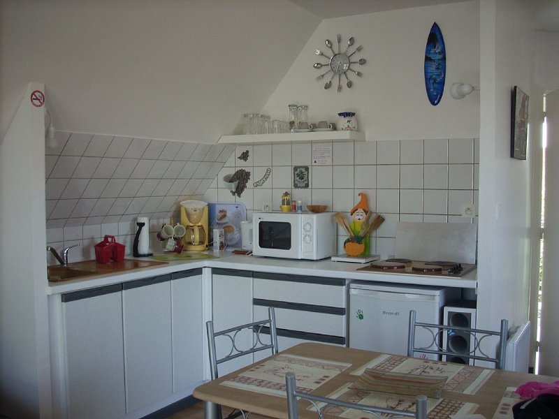 BIG BRIGHT STUDIO 500m FROM THE BEACH WITH PARKING AMBLETEUSE, vacation rental in Marquise