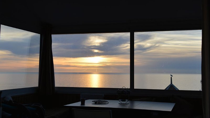 Apartment, exceptional view: sea, Hâble-d'Ault nature reserve, village sunsets., holiday rental in Saint-Quentin-la-Motte-Croix-au-Bailly