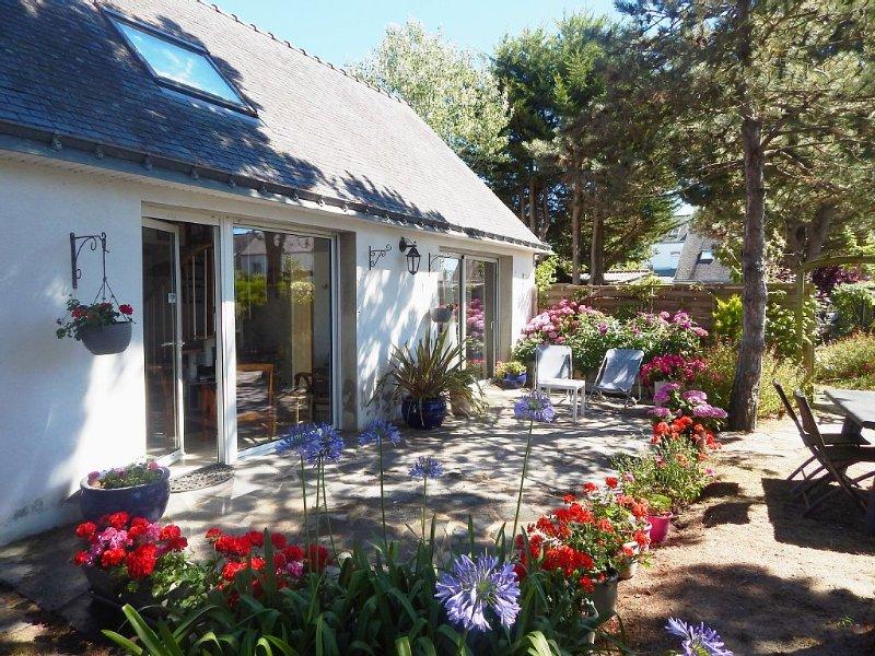 QUIBERON Port Haliguen, maison cosy ,indép,62m2,WIFI,parking jardin,400m plages, location de vacances à Quiberon