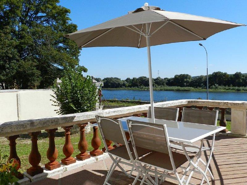 Exceptionnel logement à BLOIS cité royale, dans val de loire patrimoine UNESCO, location de vacances à Cellettes