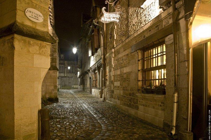 Rue de la prison/ petites boucheries