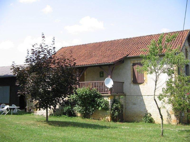 Maison particulière, dépendances, parc arboré, entre Quercy et périgord Noir, location de vacances à Saint-Aubin-de-Nabirat