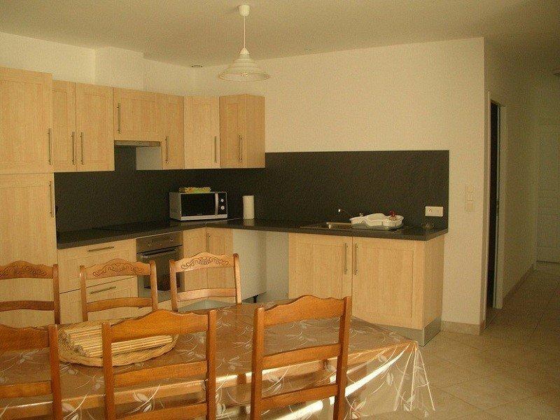 Maison 70m² à dolus d'oléron (île d'oléron) classée 2*, aluguéis de temporada em Dolus-d'Oleron