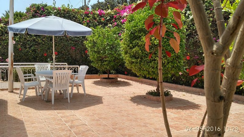 Spacieuse villa Agadir de140 M2 Quartier  Charaf  3 chambres, location de vacances à Agadir