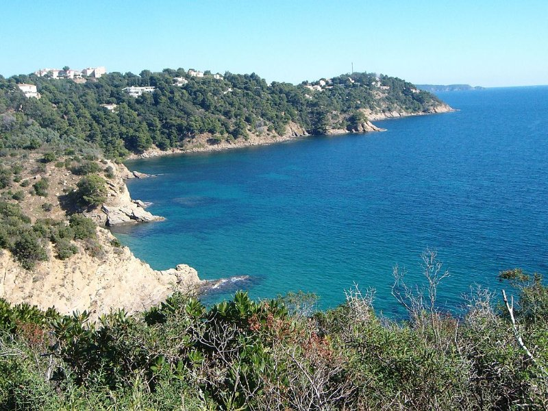 OFFRE SPECIALE Appartement Vacances à Cavalaire sur Mer, holiday rental in Cavalaire-Sur-Mer