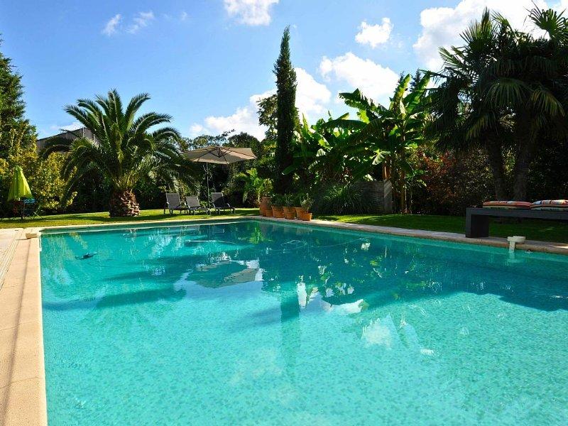 Appartement dans villa contemporaine rénovée, super emplacement et au calme., casa vacanza a Mouans-Sartoux