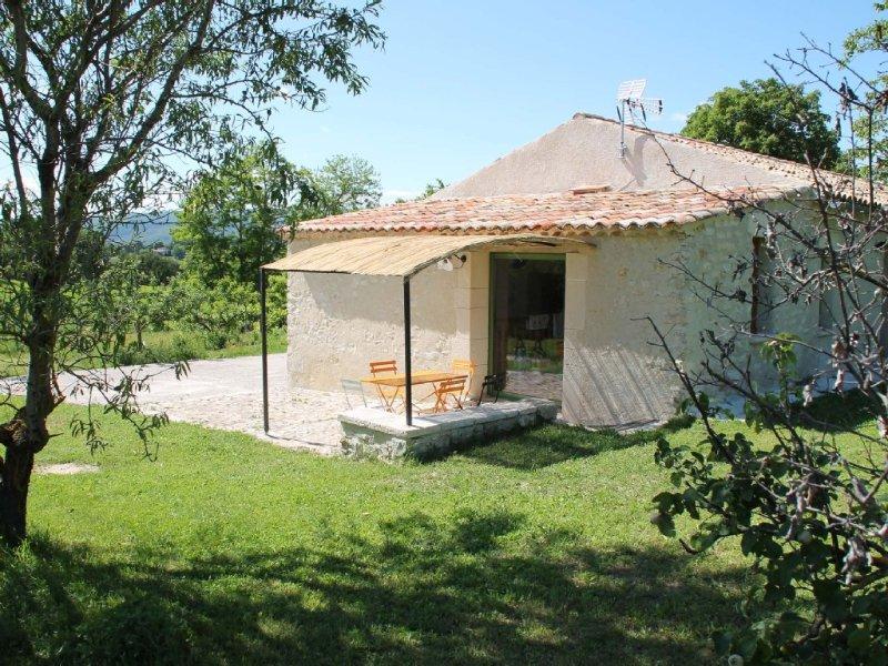 maison indépendante, en pierre à Forcalquier, pleine nature, avec vue superbe, location de vacances à Niozelles