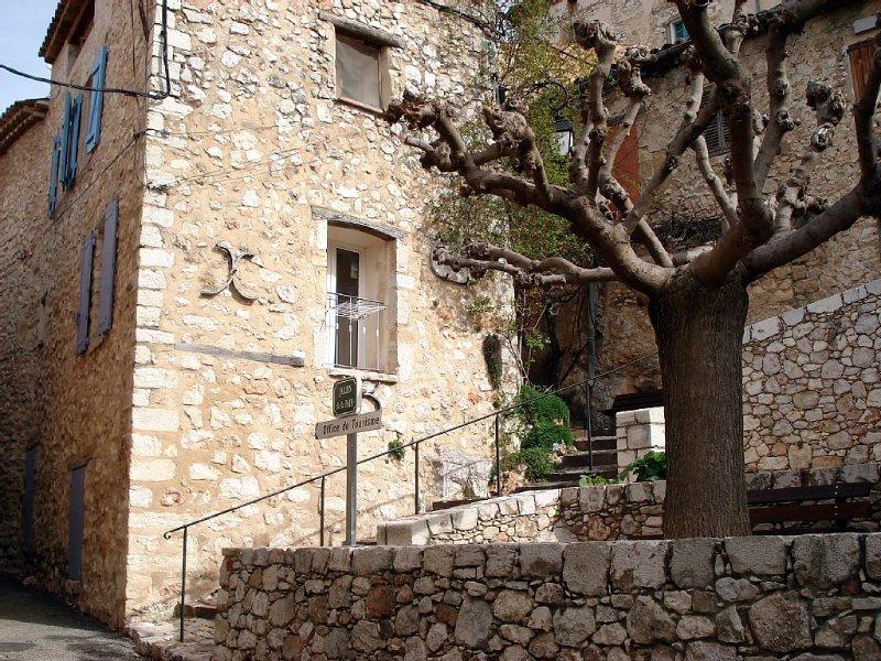 Appartement Duplex dans la partie médiévale de Bauduen, location de vacances à Baudinard-sur-Verdon