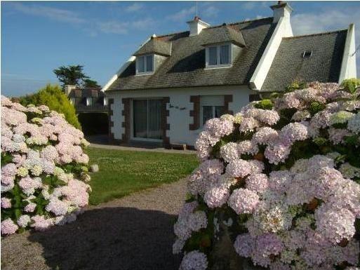 MAISON EN BORD DE MER ILE GRANDE PROCHE COTES DE GRANIT ROSE, casa vacanza a Pleumeur Bodou