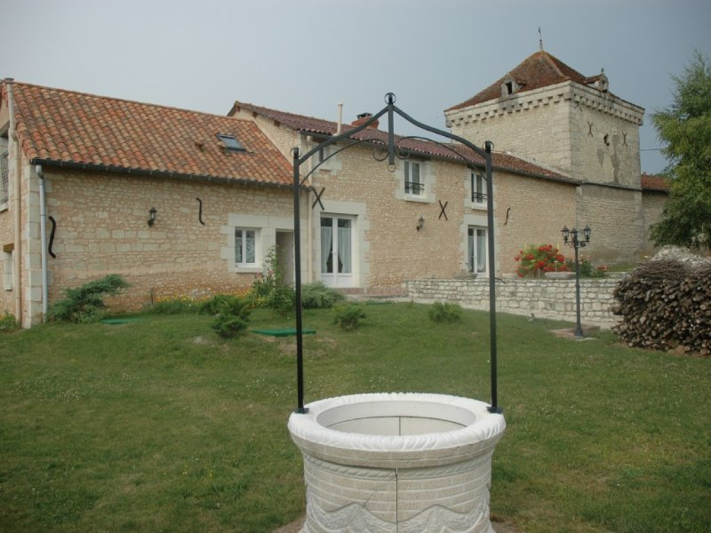Gîte de la petite Miltière, Saint Christophe. 40 mn du Futuroscope, holiday rental in Jaulnay