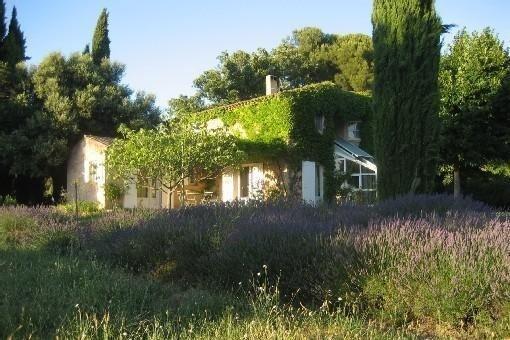 Promo Maison de caractère,calme, piscine, en pleine campagne Aixoise.Piano à que, aluguéis de temporada em Aix-en-Provence