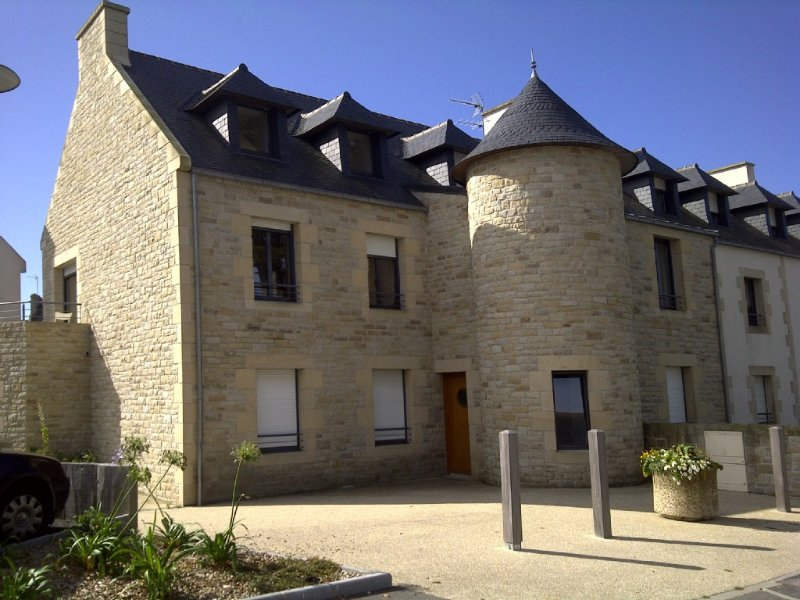 LC 05   Appartement duplex à 250m plage pour 5 pers à Le Conquet, holiday rental in Saint-Mathieu