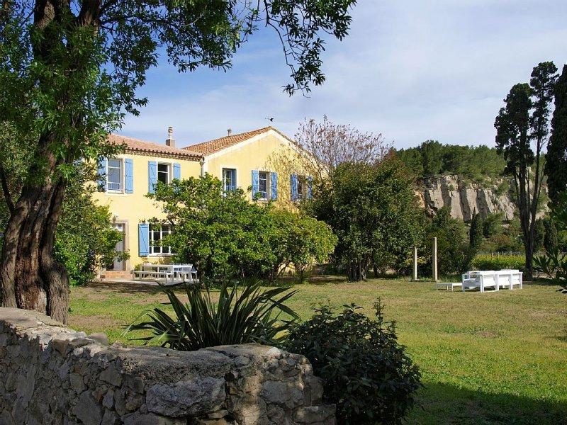 Belle maison rénovée, vue sur mer et vignes !, vacation rental in Narbonne