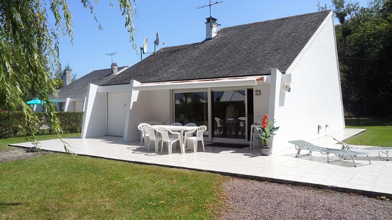 Maison entre mer et campagne, 10 km de Deauville, holiday rental in Houlgate