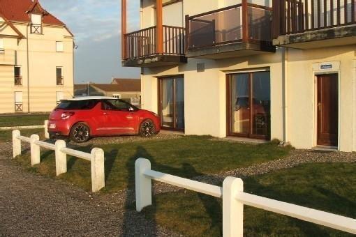 Appartement CAYEUX S/mer à la porte de la Baie de Somme face à la mer, vacation rental in Somme