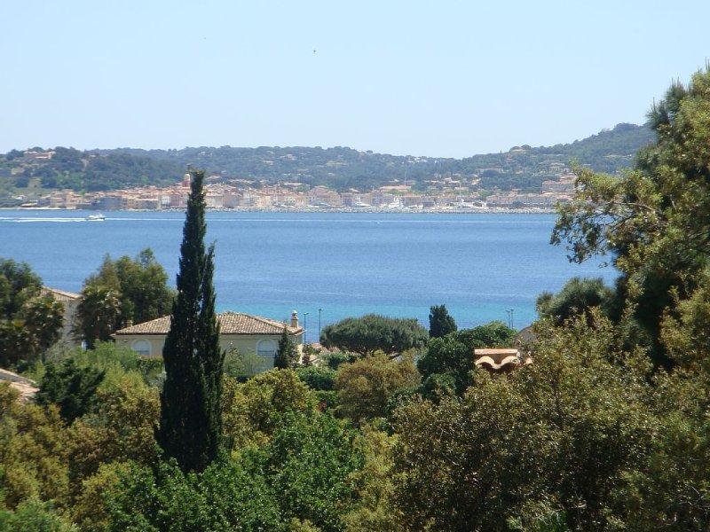Très belle villa d'époque, plage à pied, vue mer, location de vacances à Sainte-Maxime