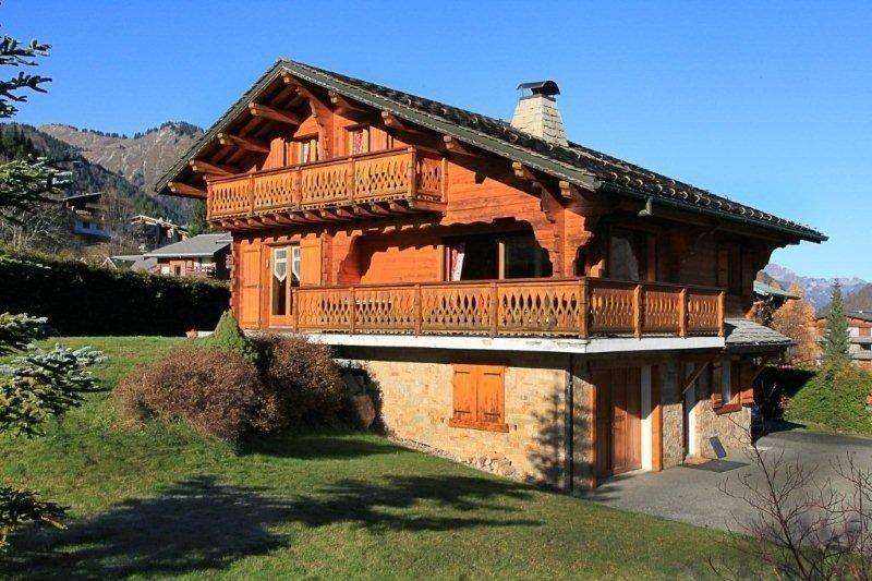 Très beau chalet avec sauna classé 4**** à Morzine portes du soleil., holiday rental in La Cote-d'Arbroz