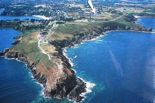 350m Port-Sea beach; coastal path; tip of snout, vacation rental in Cancale