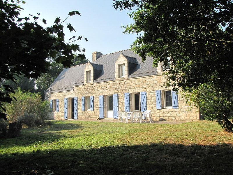 Belle maison bretonne en pleine nature à 30mn de Lorient, location de vacances à Plouay