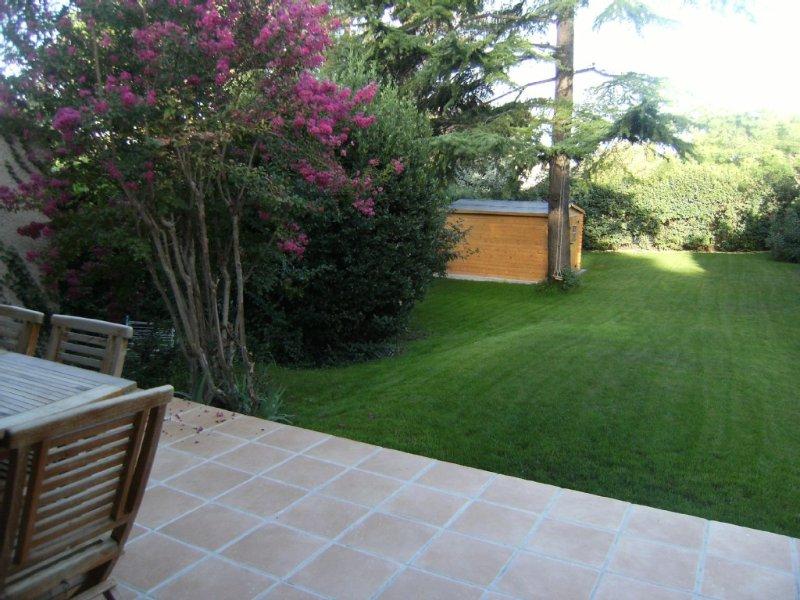 Maison, tout confort de 130 m2, holiday rental in Saint-Marc-Jaumegarde