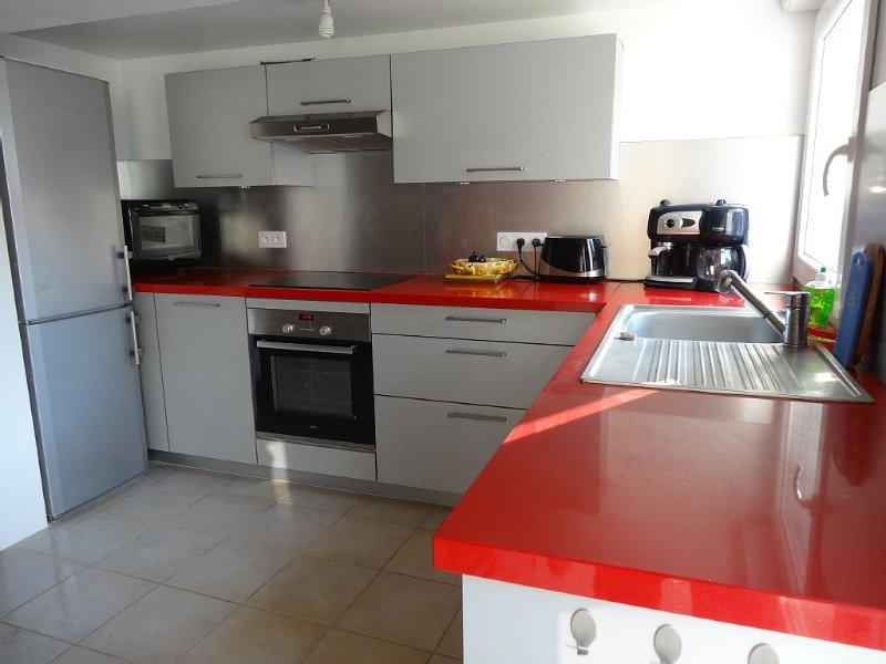 Maison classée 3 étoiles, calme, terrain de 600 m², comprenant trois chambres., location de vacances à Arvert