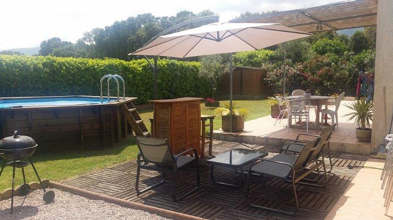 Villa 100m2  6 Pers 3 ch  Piscine Sans vis à Vis jardins clos, alquiler de vacaciones en Borgo