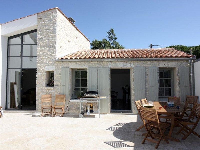 Cuisine et salon depuis la terrasse