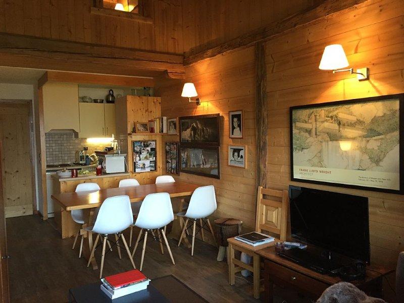 Appartement de charme au coeur de Combloux avec vue Mont Blanc, holiday rental in Combloux