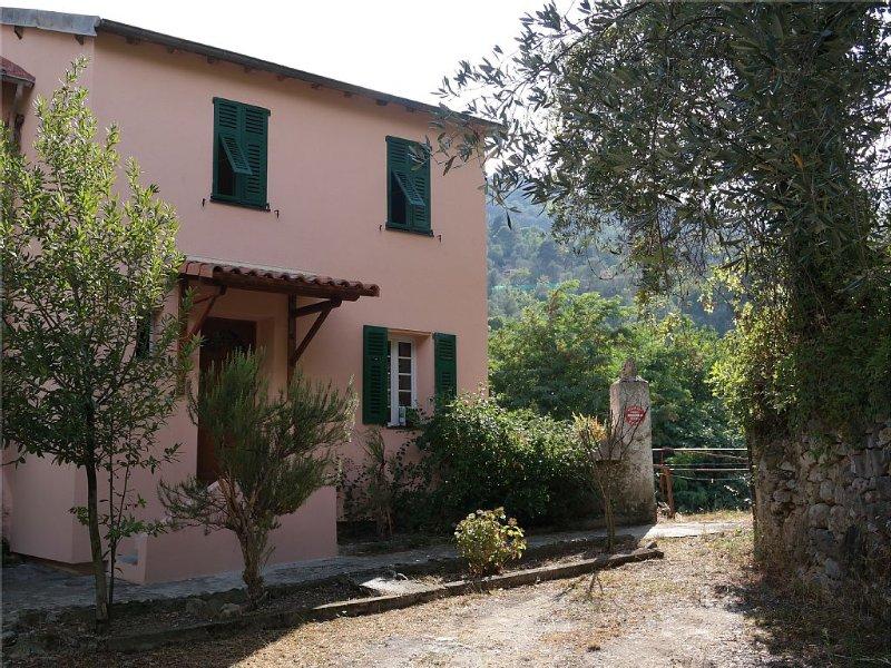 Maison 6 pers. avec jardin à Breil-sur-Roya (Mercantour, prox. Menton, Monaco), holiday rental in Tende