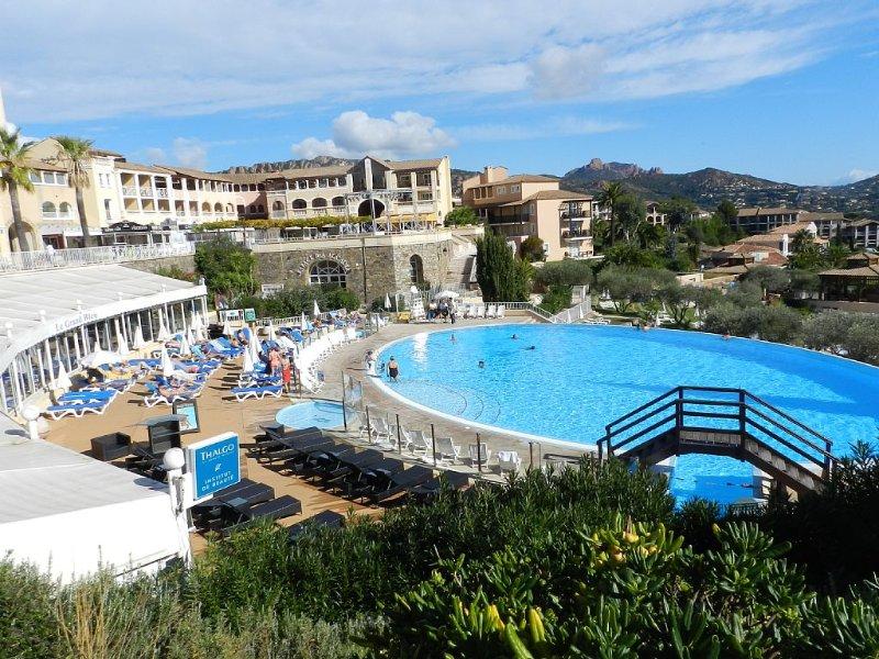 Duplex 5 pers à Cap Esterel, Village Pierre et Vacances à Agay St Raphaël 83, holiday rental in Le Dramont
