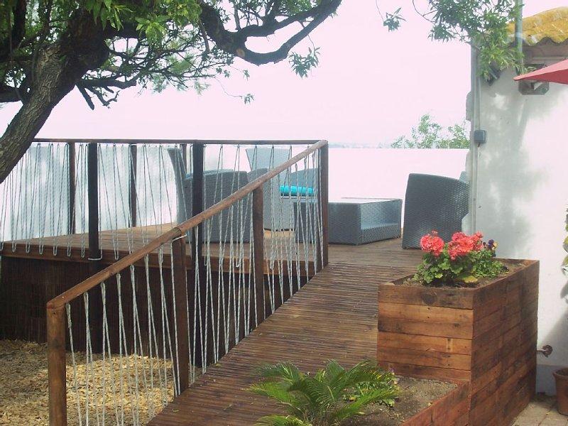 maison les pieds dans l'eau F2, vacation rental in Sete