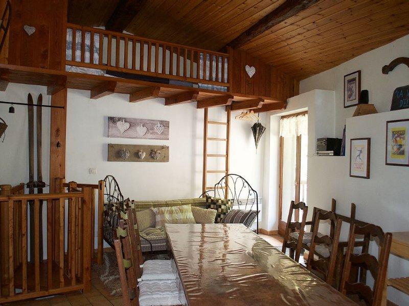 Gîte Valmeinier/Valloire pour 8 à 10 personnes, holiday rental in Saint Michel de Maurienne