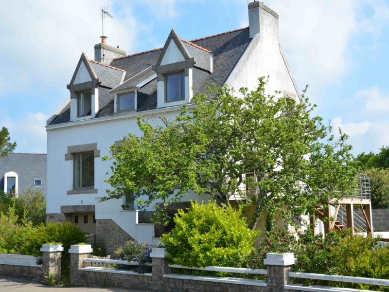 Agréable maison tout confort à 150m de la plage, vacation rental in Loctudy