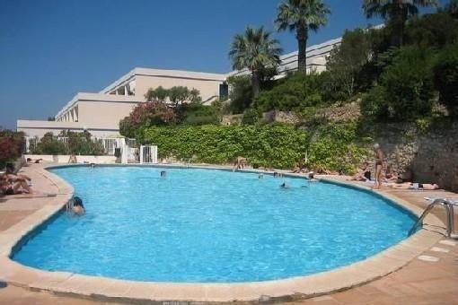 PROMO!   18.08 AU 1.O9 - MOINS 25% APPART 104M2 +TERRASSE DE 45M2 VUE FEERIQUE, vacation rental in Ile de Bendor