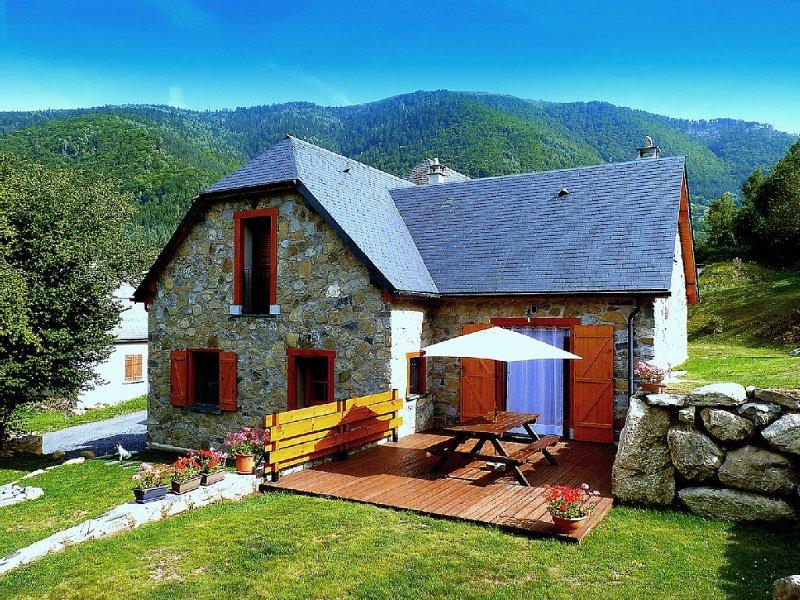 Gîte nature en montagne - La Bergerie de Sentantony, holiday rental in Aucun