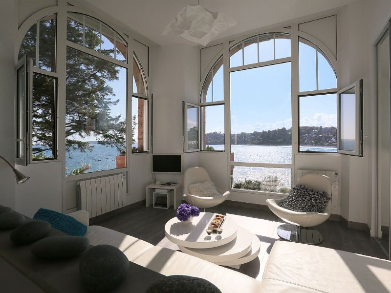 Apartment Perros Guirec - 1st changing room on the archipel of 7 islands, holiday rental in Cotes-d'Armor