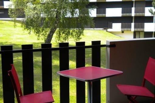 Métabief pied des pistes, 2 pièces résidence Mont d'Or (piscine en été, tennis), aluguéis de temporada em Remoray-Boujeons