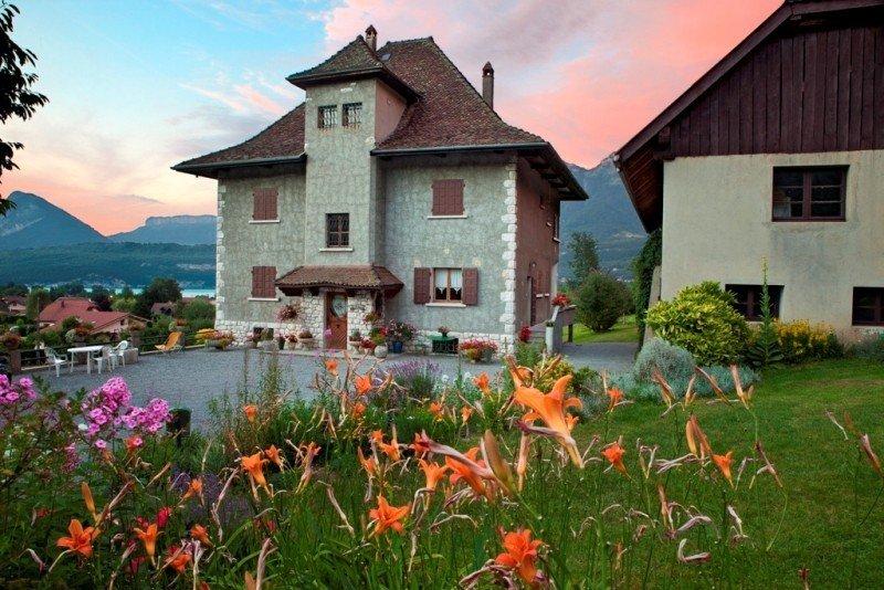 appartement dans demeure de caractère, près d'Annecy, holiday rental in Duingt