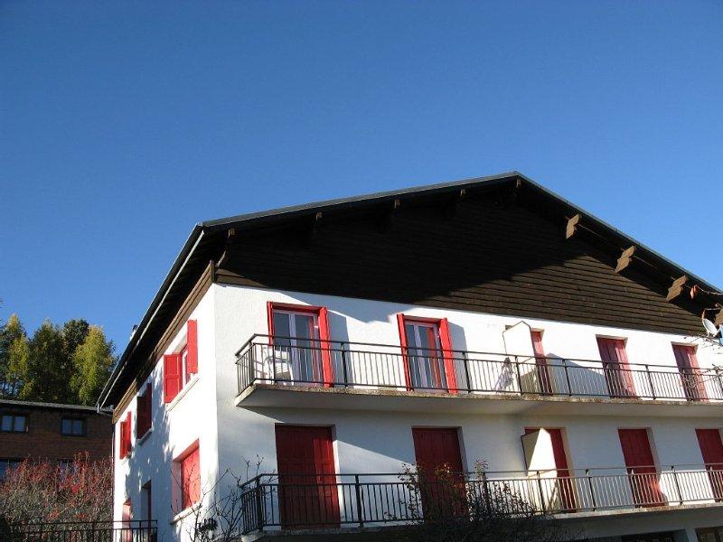 Font Romeu apartment Mint 11personnes tt comfort superb Pyrenees view, location de vacances à Eyne