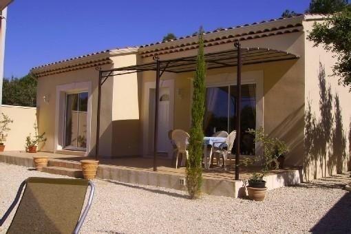 villa castelnovine  au cœur de la Provence entre le Luberon et Avignon, holiday rental in L'Isle-sur-la-Sorgue