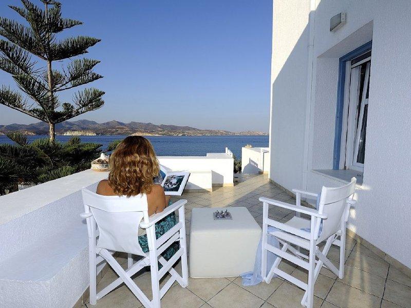 Villa au bord de la mer, aluguéis de temporada em Milos