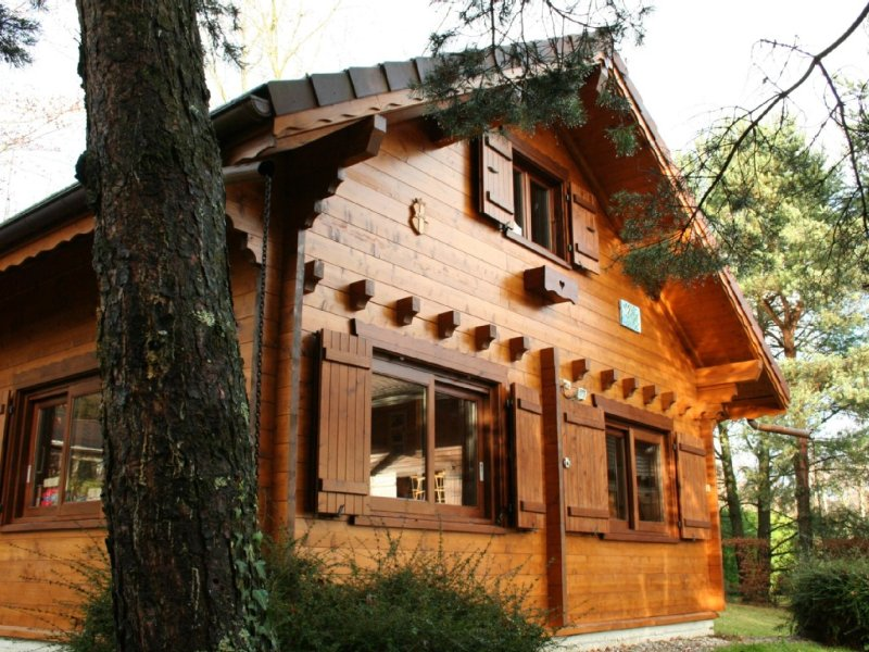 Lac d'Annecy - Lathuile 74210, chalet de charme vue lac et montagnes, holiday rental in Doussard