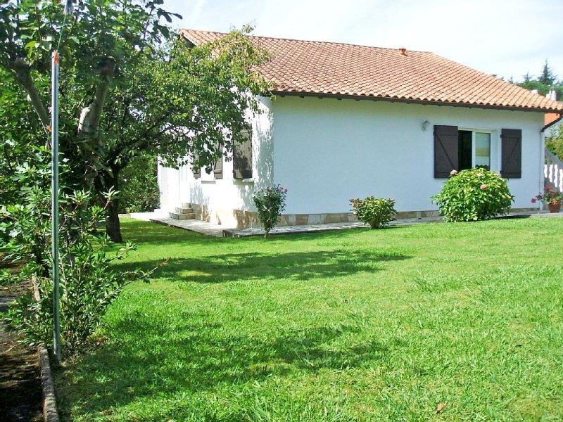 Appartement 3* climatisé, proche plage et montagne, 1 chambre, 3 personnes, location de vacances à Pyrenees-Atlantiques